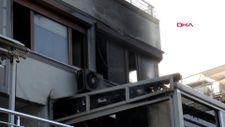 Avcılar'da turistlerin kaldığı 2 katlı villada yangın çıktı