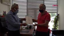 Kazada ölen üniversiteli Eda'nın diplomasını babası teslim aldı