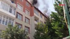 Pendik'te 5 katlı binanın çatısında yangın çıktı