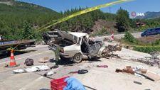 Adana'da düğün yolunda kaza