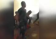 Askerler, Marmaris'te orman yangınında alevlerin ortasında kaldı
