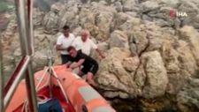 Bodrum'da yangından kaçan yaşlı adam, kayalıklara sığındı