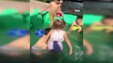 Adana'da çocukların römorkta havuz keyfi