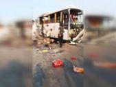 Antalya'da havaalanına giden otobüs takla attı