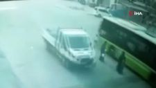 Adana'da otobüsün altında kalan çocuk yaşamını yitirdi