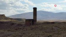 Kars'ta Anadolu'nun ilk Türk Camii'nde ezan sesi yankılandı