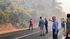 Yangın bölgelerinde alevlerle mücadelenin görüntüleri