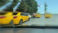 Esenyurt'ta taksiciler, sürücü adayının yolunu kesti