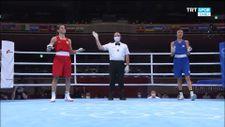 Milli boksör Buse Naz Çakıroğlu Tokyo'da finalde