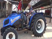 Cumhurbaşkanı Erdoğan'ın sözünü verdiği traktörler geldi