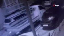 Üsküdar'da kamyonet hırsızlığı kamerada