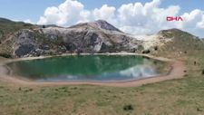 Sivas'taki Yeşilgöl'ü gören hayran kalıyor