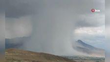 Van'daki sel öncesi ortaya çıkan bulut şaşırttı