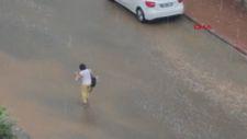 Antalya'da beklenen yağış başladı