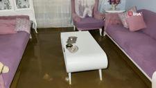 Bursa'da sel: Birçok ev ve iş yerini su bastı