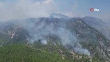 Köyceğiz yangınına 4 uçak ve helikopter müdahale ediyor