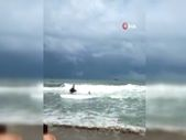 Bartın'da uyarılara aldırmadılar, dalgaların arasında kaldılar