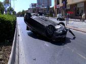 Başakşehir'de sürücü, aracıyla takla attı: 3 yaralı
