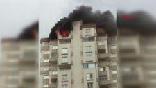 Adana'da binanın 13'üncü katında yangın çıktı