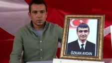 Diyarbakır HDP binası önündeki baba: Oğlumu PKK'ya sattılar