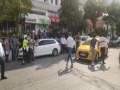 Gaziantep'te trafikte tekmeli, sopalı yol verme kavgası