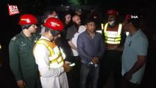 Pakistan'da yolcu minibüsü alev topuna döndü: 10 ölü, 7 yaralı