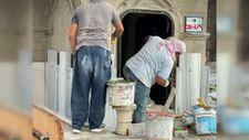 Sakarya'da tarihi şadırvana takılan mermerler söküldü