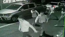 Şişli'deki parkta çıkan kavgayı izleyen yaşlı adam vuruldu