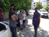Bolu'da tenleri koktuğu iddiasıyla Iraklı aileyi apartmandan çıkarma kararı aldılar