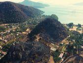 Marmaris Kızkumu Plajı çevresinde yanan ormanlık alanlar havadan görüntülendi