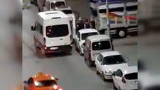 Sultangazi'de 32 kaçak göçmenin sokağa bırakılma anları kamerada