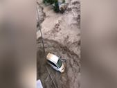Kastamonu'da dehşet anları: Sel suları bir kişiyi böyle yuttu