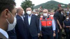 Cumhurbaşkanı Erdoğan, sel felaketinden etkilenen Bozkurt'ta