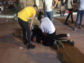 Taksim'de tekme tokat meydan kavgası