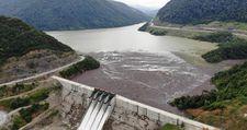 Bartın'da selin getirdiği ağaçlar, Kirazlı Barajı'nı tehdit ediyor