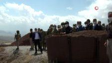 Hulusi Akar ve TSK komuta kademesi İran sınırında