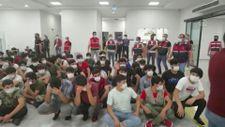 İstanbul'da 7 ayda 13 bini Afgan, 37 bin düzensiz göçmen sınır dışı edildi