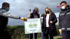 Avcılar'da, öldürülen kadınların isimlerini taşıyan demir tabelaları çaldılar