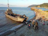 Deniz Kuvvetleri Komutanlığının çıkarma gemisi iş makineleriyle Sinop'a ulaştı