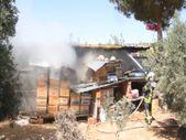 Manisa'da çiftlik evinin garajında yangın