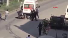 Şırnak'ta ambulansı kaçırıp, otobüs bekleyenlerin üzerine sürdü