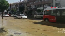 Düzce'de boru patladı, cadde ve sokaklar suyla doldu