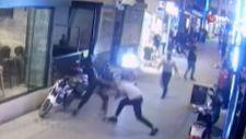 Isparta'da sokak ortasında yumruklu kavga