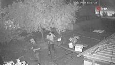 Osmaniye'de eve giren hırsızın kamerayı görünce ki tavrı güldürdü