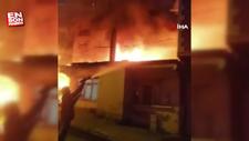 İstanbul'da bir gecekonduda yangın çıktı