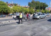 Konya'da otomobil karşı şeride uçtu: 2 yaralı
