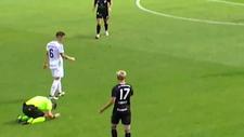 Danimarka 1. Ligi'nde yanlış düdük çalan hakemin mahcubiyeti