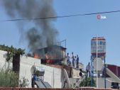 Gaziantep'te mangaldan çıkan alevler bir evi kül etti