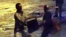 Beyoğlu'nda iki kişinin kavgası