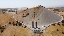 Adıyaman'da 2 bin yıllık Karakuş Tümülüsü'nün tomografisi çekiliyor